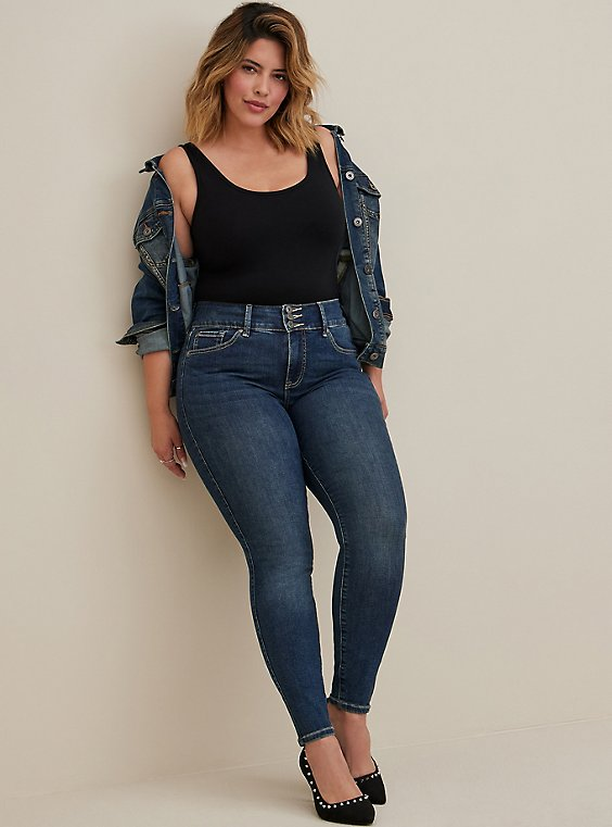 Plus Size Black Scoop Neck Foxy Tank, , hi-res