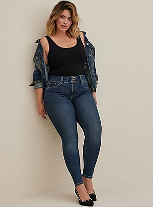 Plus Size Black Scoop Neck Foxy Tank, BLACK, hi-res
