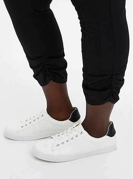 Black Stretch Poplin Ruched Crop, DEEP BLACK, alternate