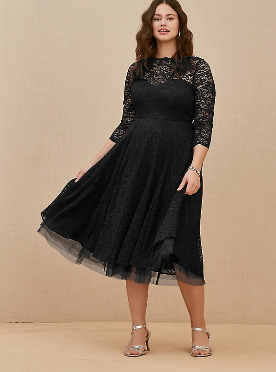 Plus Size Special Occasion Black Lace Midi Dress, , hi-res