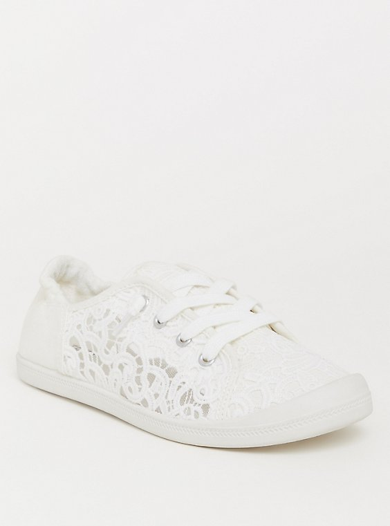 Plus Size Ivory Crochet Scrunch Sneaker (WW), , hi-res