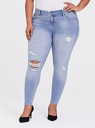 Plus Size Bombshell Skinny Jean - Premium Stretch Light Wash, KINGS CROSS, hi-res