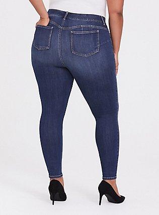 Plus Size Bombshell Skinny Jean - Premium Stretch Dark Wash, EMERSON, alternate