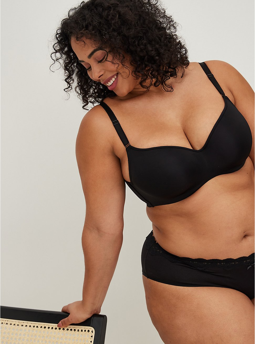 Black 360° Back Smoothing™ Lightly Lined Full Coverage Balconette Bra , RICH BLACK, hi-res