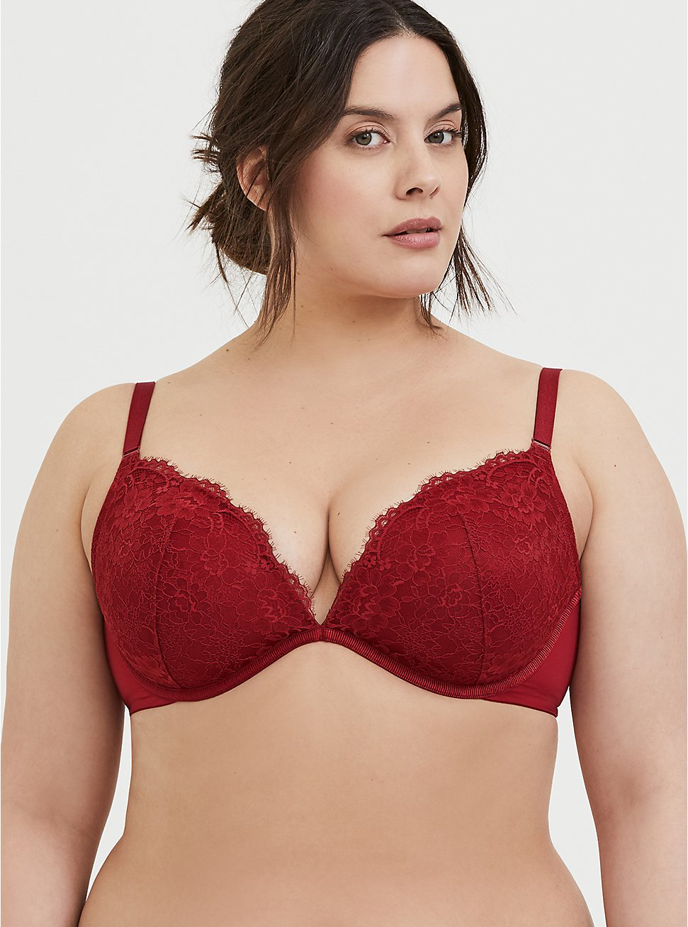 Plus Size Dark Red Lace 360° Back Smoothing™ Lightly Lined Plunge Bra, RIO RED, hi-res