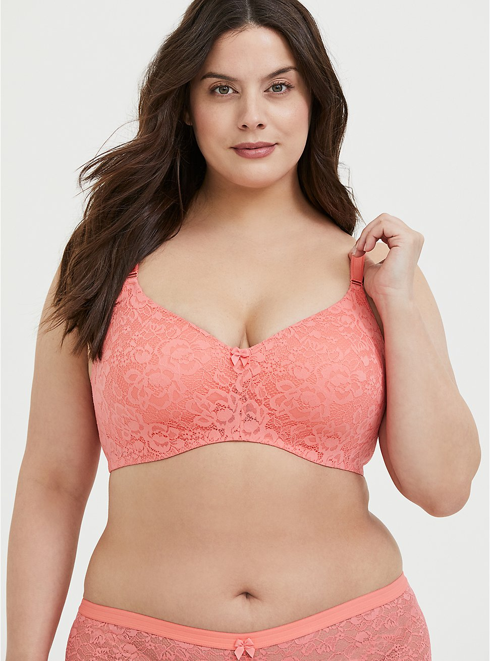 Plus Size Coral 360° Back Smoothing™ Lightly Lined Lace Everyday Wire-Free Bra, , hi-res