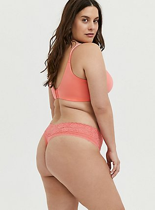 Plus Size Coral 360˚ Back Smoothing™ Lightly Lined Plunge Bra, , alternate
