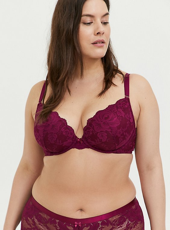 Plus Size Berry Purple Lace 360° Back Smoothing™ Push-Up Plunge Bra, , hi-res