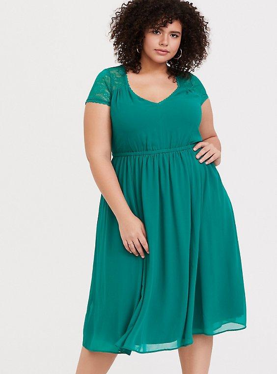 Emerald Green Lace & Chiffon Midi Dress - Plus Size | Torrid