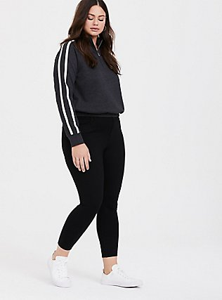 Plus Size Charcoal Grey Striped Crop Pullover, CHARCOAL HEATHER, alternate