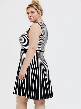 Plus Size Black & White Stripe Sweater-Knit Skater Dress, , alternate