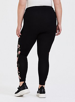 Crop Premium Legging - Embroidered Floral Black, BLACK, alternate