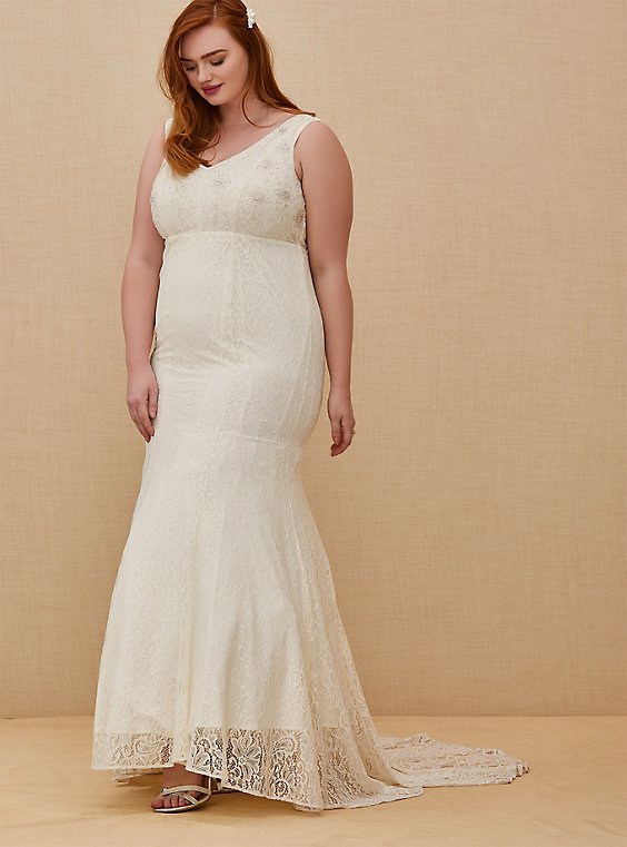 Plus Size Ivory Lace Beaded Sleeveless Mermaid Wedding Dress, , hi-res
