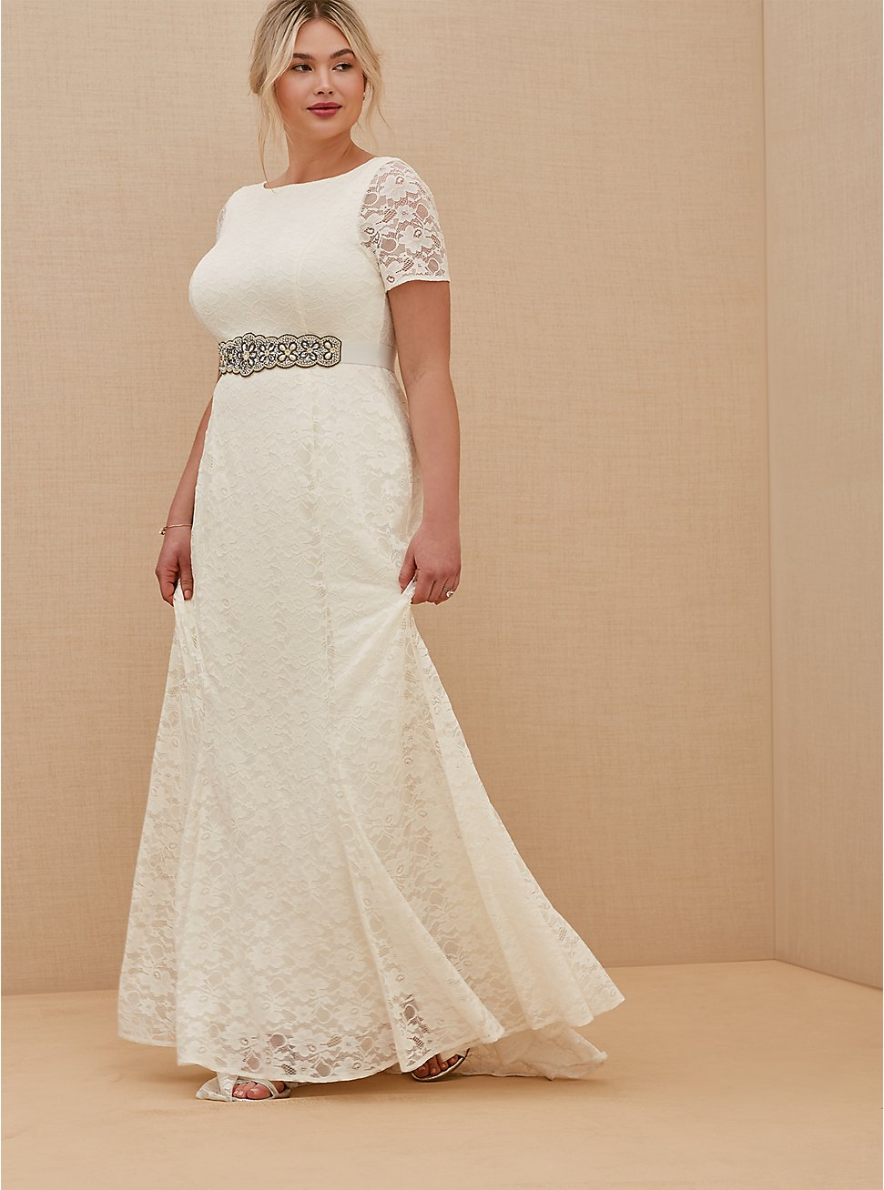 Plus Size Ivory Lace Short Sleeve Fit & Flare Wedding Dress, BRIGHT WHITE, hi-res