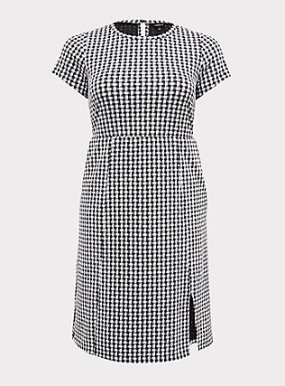 Plus Size Black Textured Gingham Front Slit Shift Dress, DEEP BLACK, flat