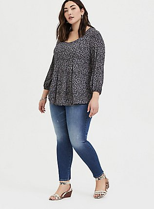 Plus Size Grey Leopard Crinkle Gauze Pleated Fit & Flare Blouse, LEOPARD - GREY, alternate