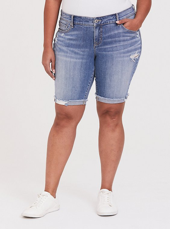 Plus Size Low Rise Bermuda Short - Vintage Stretch Light Wash, , hi-res