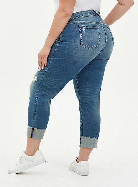 Plus Size Crop Boyfriend Jean - Vintage Stretch Medium Wash, BACKSEAT BINGO, alternate