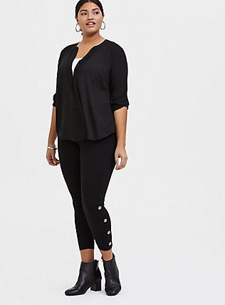 Crop Premium Legging - Black & Silver-Tone Grommet, BLACK, alternate