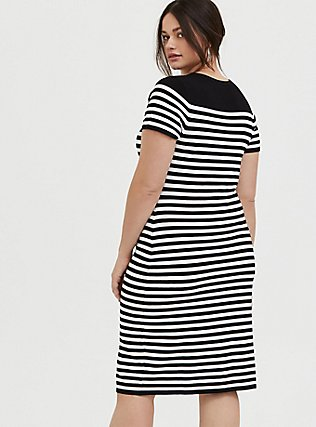 Plus Size Black & White Stripe Sweater-Knit Short Shift Dress, DEEP BLACK, alternate