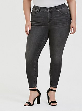 Plus Size Bombshell Skinny Jean - Super Soft Stretch Grey Wash, IN SPADES, hi-res