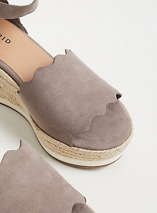 Taupe Faux Suede Scallop Espadrille Wedge (WW), TAN/BEIGE, alternate