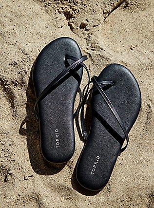 Plus Size Black Faux Leather Crisscross Toe Ring Flip Flop (WW), BLACK, pdped