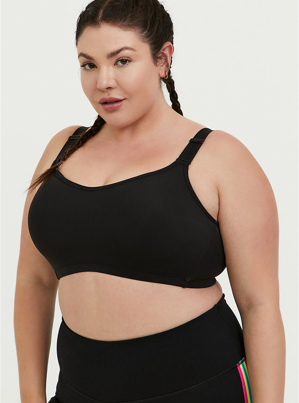 Black Wireless Wicking Sports Bra, DEEP BLACK, hi-res