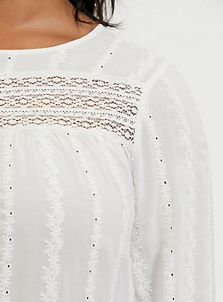 White Eyelet & Lace Embroidered Hi-Lo Blouse, CLOUD DANCER, alternate