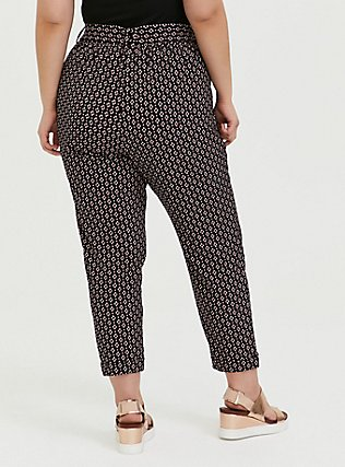 Plus Size Black Geo Crepe Self Tie Tapered Pant, GEO - BLACK, alternate