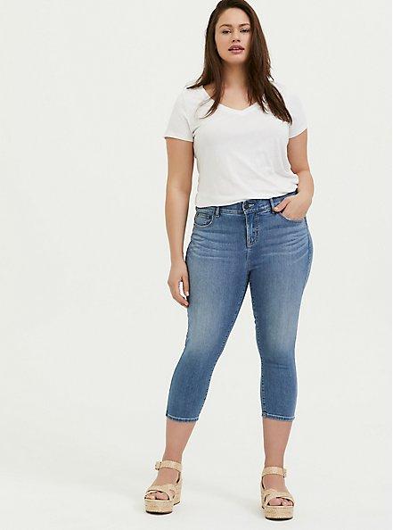 Crop Bombshell Skinny Jean – Premium Stretch Medium Wash, SANDS END, alternate