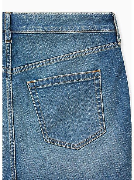 Plus Size High Rise Mid Short - Vintage Stretch Medium Wash, BACKSEAT BINGO, alternate