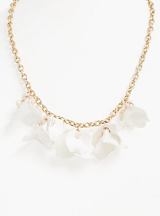 Plus Size White Floral Petal Statement Necklace, , hi-res