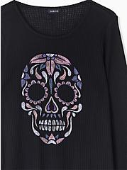 Black Skull Waffle Knit V-Neck Long Sleeve Tee, DEEP BLACK, alternate