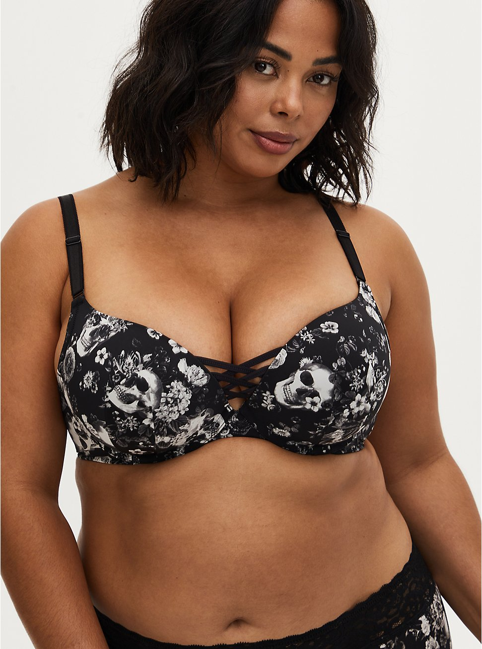 Black Skull Floral 360° Back Smoothing™ XO Push-Up Plunge Bra, ALLOVER BOUQUET SKULLS BLACK, hi-res