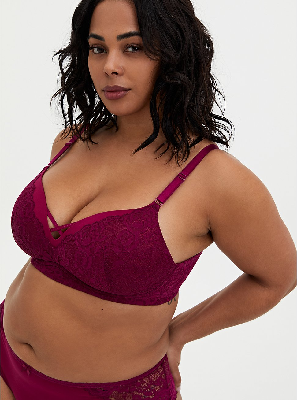 Berry Pink Lace 360° Back Smoothing™ Push-Up Wire-Free Bra, NAVARRA, hi-res