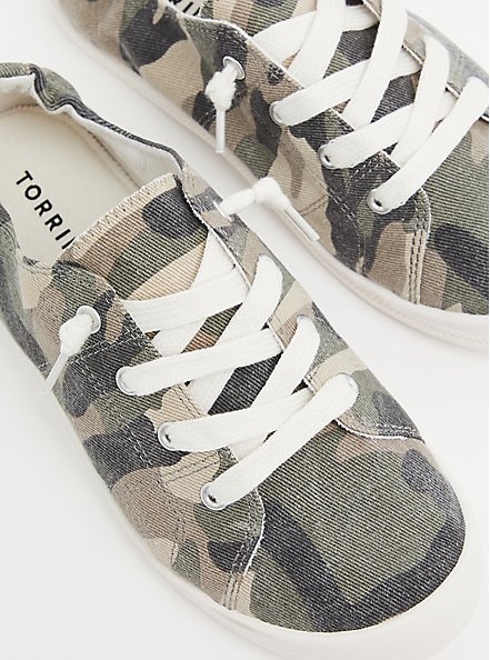 Riley - Camo Ruched Sneaker (WW), CAMO, hi-res