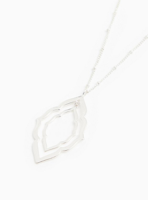 Silver-Tone Scalloped Pendant Necklace, , hi-res