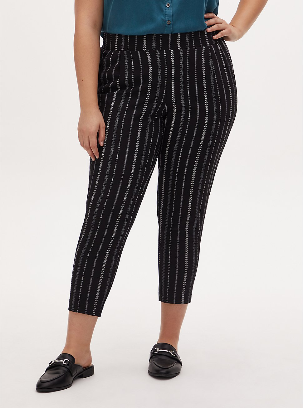 Black & White Geo Stripe Crepe Pull-On Tapered Pant, MULTI STRIPE, hi-res