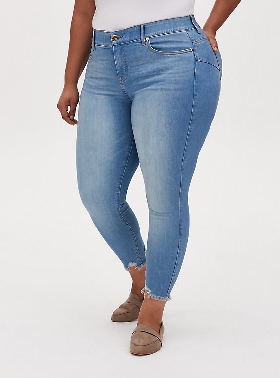 Bombshell Skinny Jean - Premium Stretch Light Wash with Frayed Hem, , hi-res