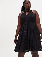 Black Lace Keyhole Skater Dress, DEEP BLACK, hi-res