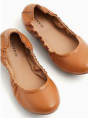 Cognac Faux Leather Scrunch Ballet Flat (WW), COGNAC, alternate