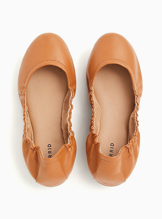Cognac Faux Leather Scrunch Ballet Flat (WW), COGNAC, hi-res
