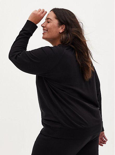 Plus Size Black Raglan Crew Active Sweatshirt, DEEP BLACK, alternate