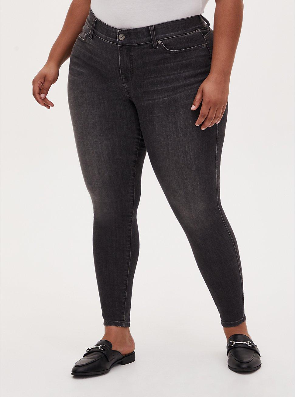 Plus Size Bombshell Skinny Jean - Super Soft Dark Grey Wash , IN SPADES, hi-res