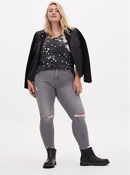 Plus Size Black Faux Leather Chelsea Bootie (WW), BLACK, alternate