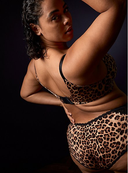 Leopard Print 360° Back Smoothing™ Lightly Lined Everyday Wire-Free Bra, FIFTIES LEOPARD BEIGE, alternate