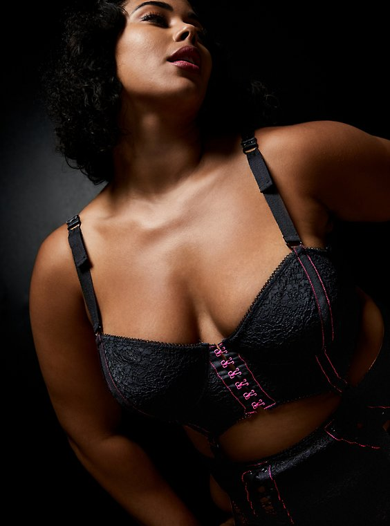 Betsey Johnson Lace Corset Long Line Bralette, RICH BLACK, hi-res