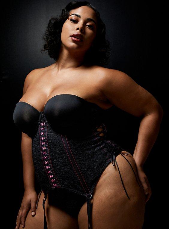 Betsey Johnson Lace Under Bust Corset Bustier, RICH BLACK, hi-res