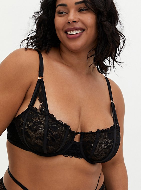 Black Strappy Chantilly Lace Longline Bralette, RICH BLACK, hi-res